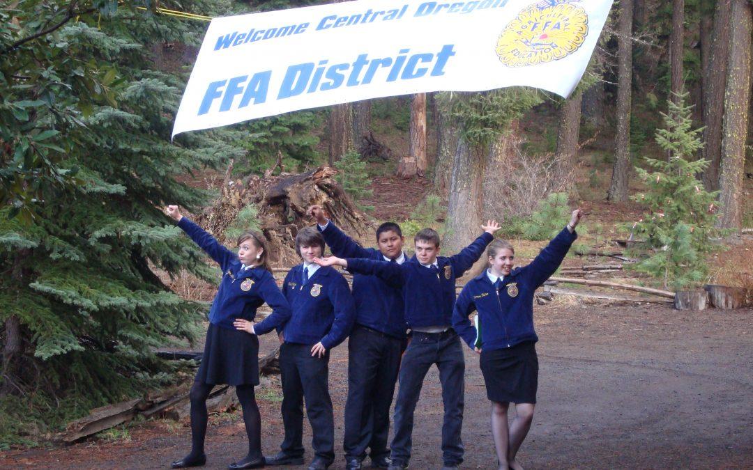 FFA Students posing